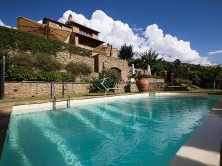 Villa Teresa, che domina un paesaggio mozzafiato, Cortona