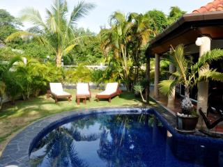 Beautiful swimming-pool private villa mountainview, Phuket