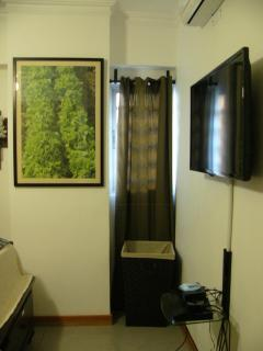 Guest Bedroom with flatscreen tv