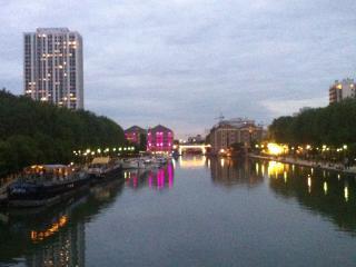 APPARTEMENT AU BUTTES CHAUMONT, París