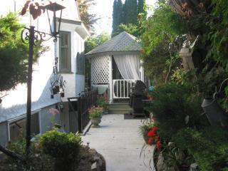 Primrose Place Quaint,private, Beautiful self cont