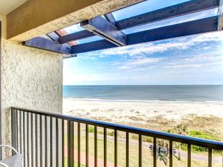 1665 Sea Dunes beautiful 2 bedroom 2 bath condo, Amelia Island