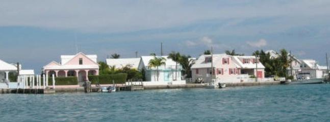 Arriving by water taxi from North Eleuthera