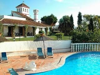 Villa Inmaroga Six Bedroom, Private Pool, Nerja