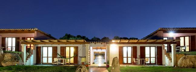 Amazing Eco lodges, sea view. In the famtastic Country side of Gallura, 10 minutes from the sea