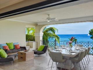 Luxury 3 Bedroom Villa with Direct Beach Access, Barbados
