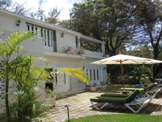 Amazing 3 bedroom villa, located on of the most beautiful beaches in Barbados at Gibbs and Mullins Bay, Gibbes