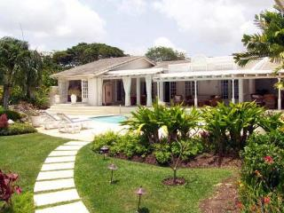 Luxury 4 Bed Home - Private Pool, Stunning Views, Barbados