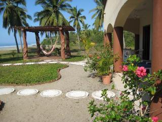 CASA ROSALINDA - Beachfront Villas near Troncones