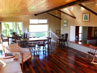 8 Bedroom Shamrock Beach Cottage.  Sleeps 24., Port Albert