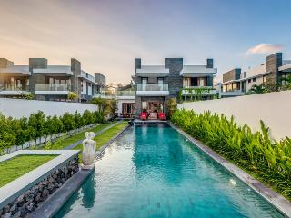 Bali Diamond Estate,4 Luxury