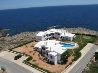 Rocas Marinas- C- Apt. 2 dormitorios, de 1 a 4 personas, vistas al mar.