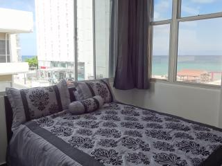New, Cozy, Ocean View Apartment with Introduction, San Juan