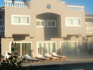 Villa with staff, Hurghada