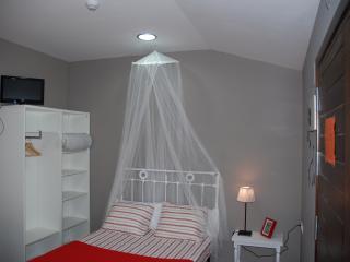 HABITACION 2  tipo albergue, Castiello de Jaca