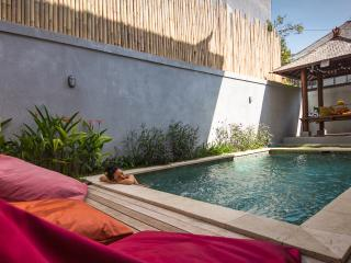 Your Villa in Bali, Homy 3 BR,pool & and charming