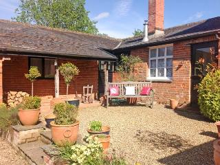 OHIDE Cottage situated in Stowmarket (5.5mls E)