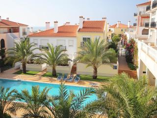 Fantastic holiday apartment (3 bedrooms), Obidos