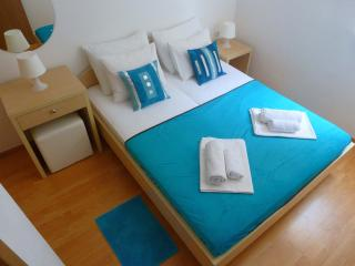 New, modern & sunny Apartments Milka with balcony and bicycles near the beach