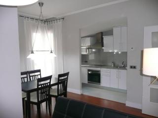 Floor 2 Double Bedrooms And 2 Baths, Downtown 2 C   Piso De 2 Dormitorios Dobles Y 2 Banos, Centro Ciudad 2 C