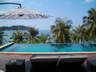 Beach Villa Phangan,Private beach front full servi