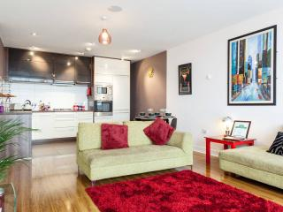 Luxury 3 bed apartment in Titanic Quarter
