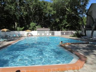 Cozy and Affordable 2BR/2BA Amelia Island Condo