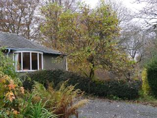 Ladywood Lodge - Recently Renovated Cottage in Woodland Gardens