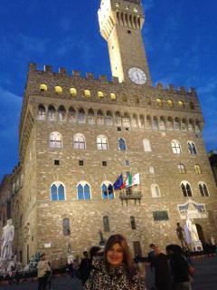 palazzo vecchio in piazza  della Signoria.