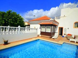 Villa in La Caleta with pool