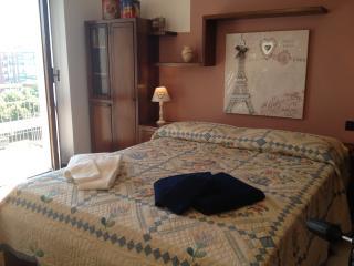 Il Porto Sicuro - chic & cosy flat wifi free, Acqui Terme