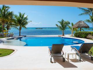 Riviera Maya Haciendas - Villa Nautica BeachFront / 12 Guests