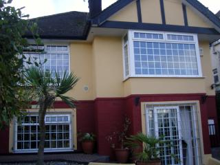 Detached bungalow in quiet residential area, Paignton