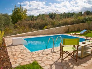 6 guest lake villa, Georgioupolis