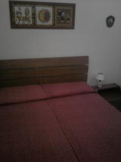 Stanza da letto matrimoniale, con aria condizionata.