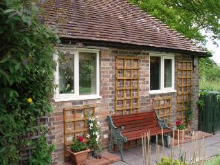 Buncton Manor Cottage, Storrington