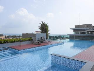 Jomtien beach sea view Top floor, Chonburi