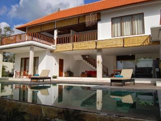 5 BR CASA MARGARITA & LA CASITA, Canggu - Bali