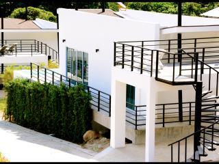 Villa Q