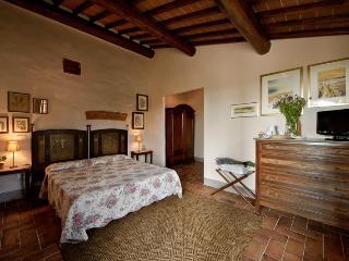 Bedroom 204