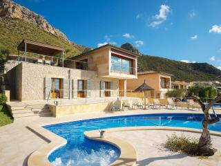 Luxury Villa with Sea views in Puerto Pollensa