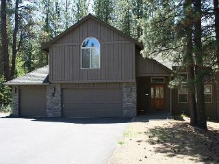 McNary 20 Nice & spacious five bedrooms for larger families on the North end., Sunriver