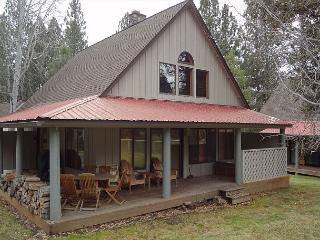 Circle 4 Condo 19 Short Summer stays available!, Sunriver