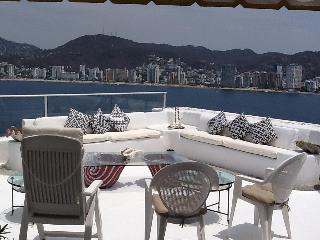 Cuatro dormitorios Pent House frente al mar-, las Brisas Guitarrón, Acapulco