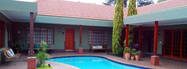 Rooms around Pool