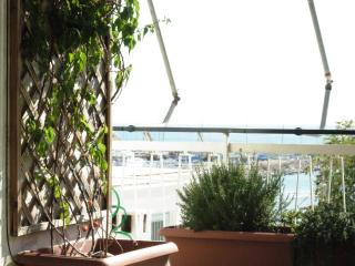 LOCATION! beach sea view near Athens/port tram/bus, Paleo Faliro