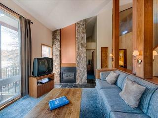 2 bedroom + loft @ Mountainside at SilverCreek. Lift ticket coupons avail, Granby