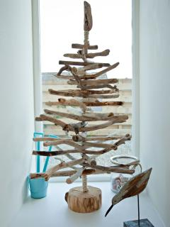 Why not try your hand at making a driftwood tree - you'll find plenty of wood on Solva beach