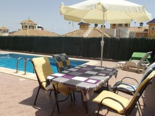 2 Bed Villa, Own Pool, Wi-Fi, Nintendo & Air Con, Mazarron