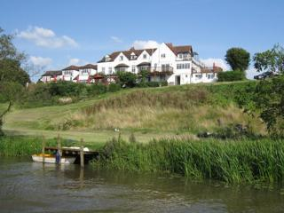 RIVERSIDE MANOR, Offenham